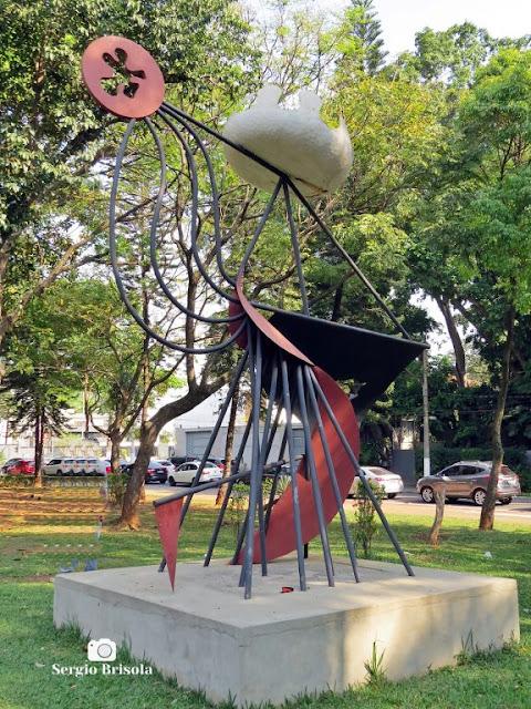Close-up do Monumento a Federico Garcia Lorca - Jardim Paulista - São Paulo