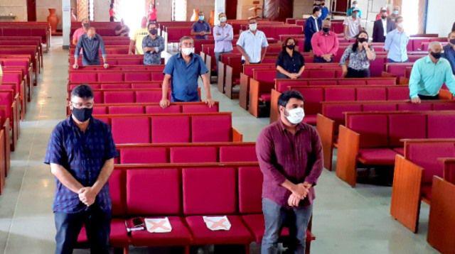 A pedido de pastores, prefeito de Itapetinga estende horário do  toque de recolher