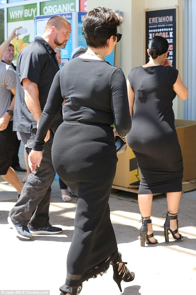 Welcome To Kelis Kays Blog Kris Jenner Proves Kim Kardashians Famous Booty Runs Family Mother And Daughter Step Skintight Dresses