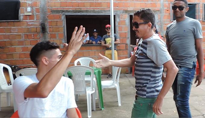Nema Brasil  cai na graça do povo no FEIJOSUNSET em Augustinópolis