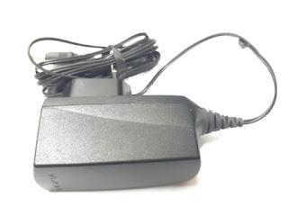 Charger Nokia AC-2E AC2E Original 100% Nokia 7610 N-Gage 8310  8800 Classic 9500 Colokan Besar