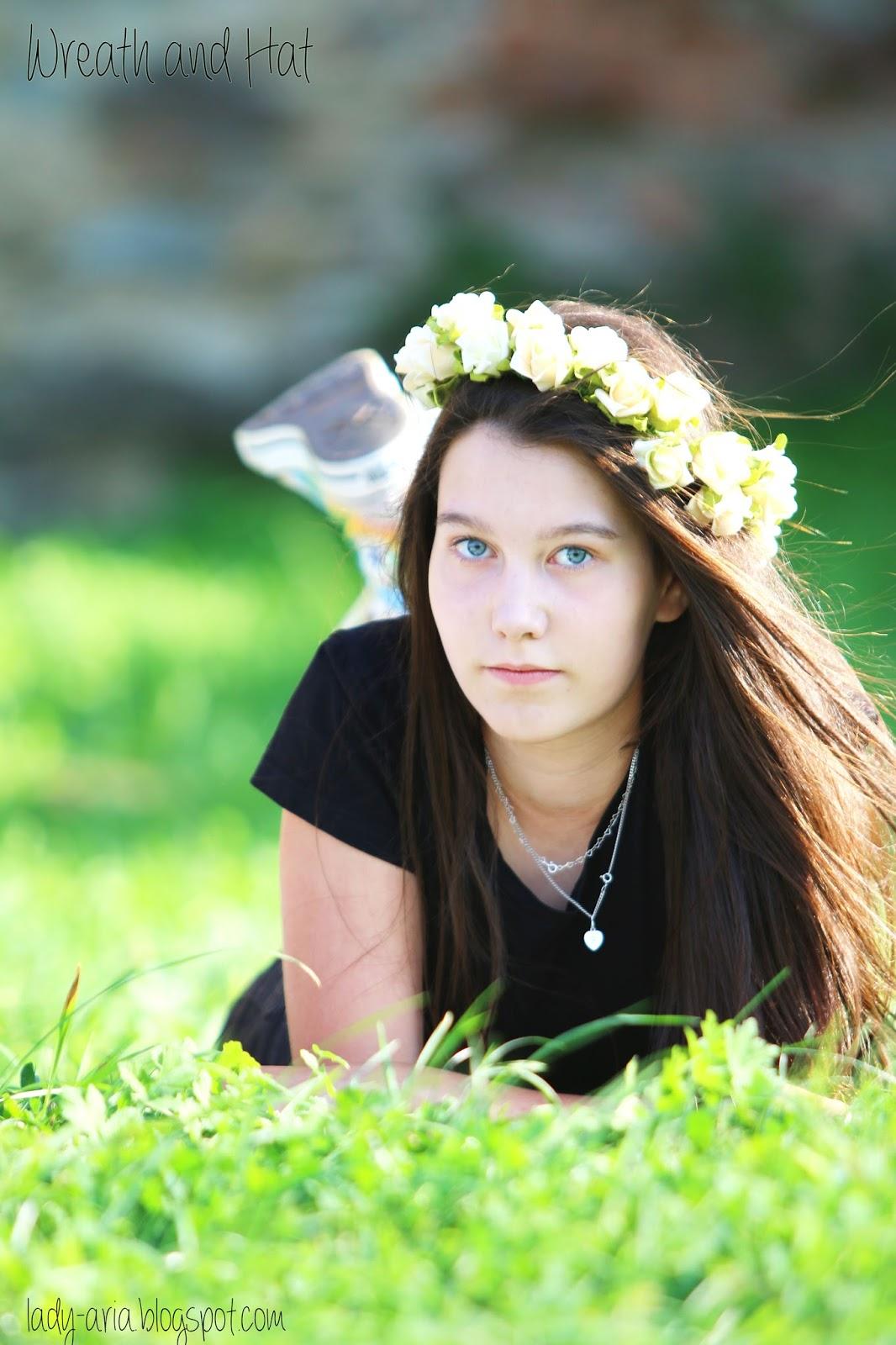 """~138 Wreath and Hat + recenzja """"Małego księcia""""."""