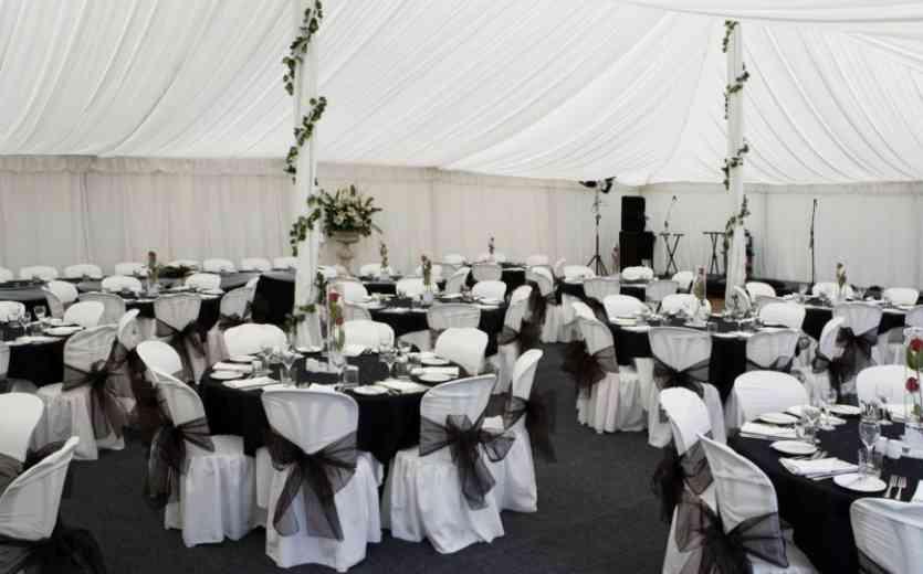 Wedding Style: Black And White Wedding