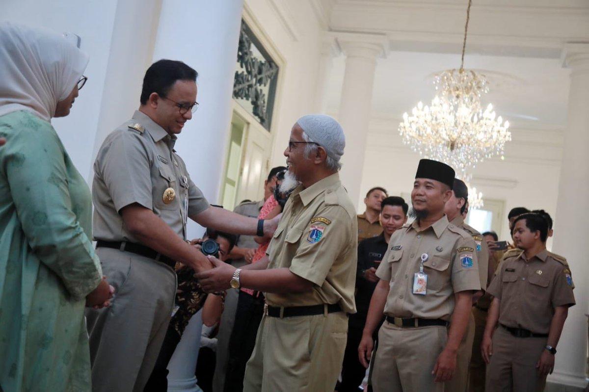 Warga KTP Luar Jakarta Bukan Warga Kelas Dua