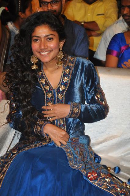 Malayalam Queen Sai pallavi Beautiful Stills