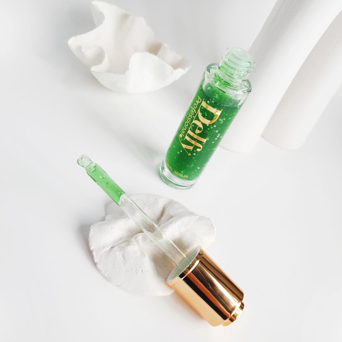 Royal Serum Blemish Control de la firma Delfy Cosmetics.