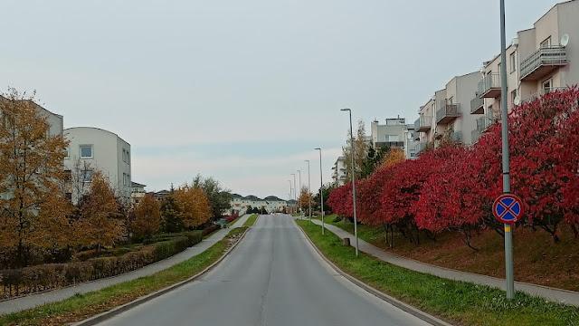 Miejsca postojowe, chodniki i wiata rowerowa - Czytaj więcej »