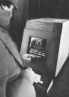 mesin antrian pertama di dunia
