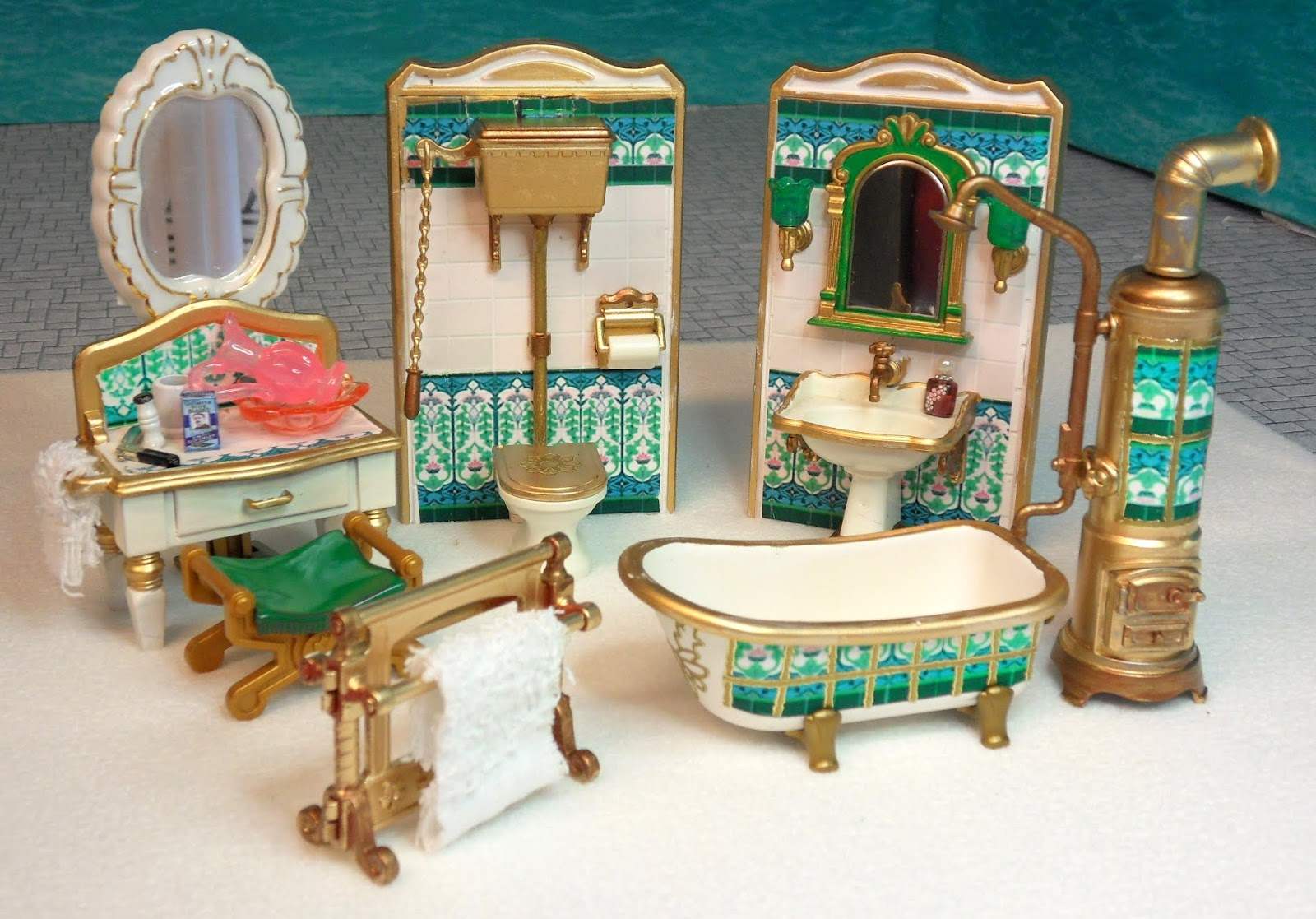 More furniture sets emma j 39 s playmobil for Table playmobil