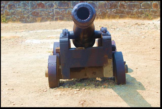 Lohagad fort, cannon