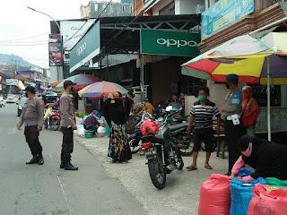 Cegah Kriminalitas, Polisi Lakukan Patroli di Pasar Sudu