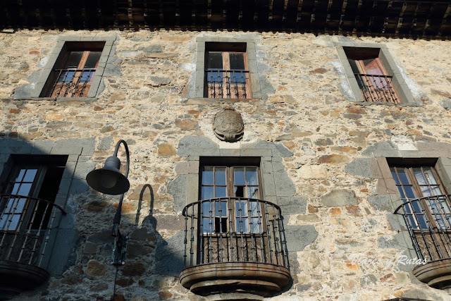 Palacio de los Llano de Cangas del Narcea