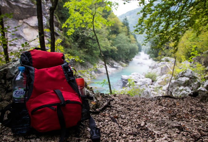 Backpacking - Stick Together or Go It Alone?