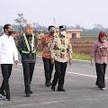 Presiden Kunjungi Bandara JBS Purbalingga, Jokowi : Alhamdulilah, Penumpangnya Lebih 70 Persen