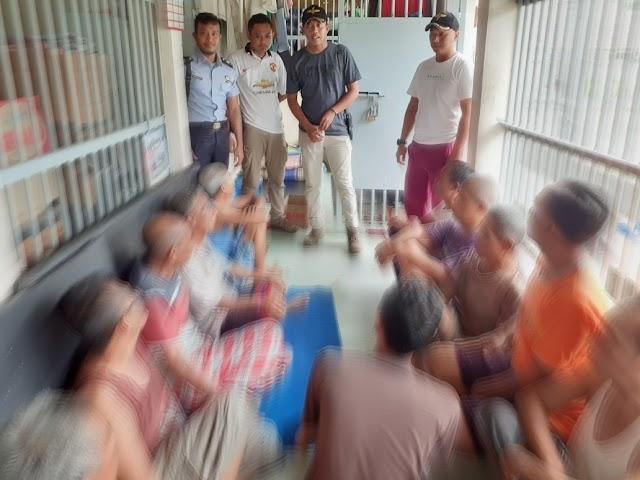 Jajaran Pengamanan dan Kamtib Lapas Kota Agung Razia Kamar WBP
