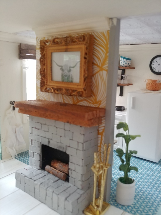 https://www.littlevintagecottage.com/2019/05/how-to-make-fireplace-for-your-dollhouse.html