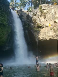Isla de Bali, Tegenungan Waterfall.