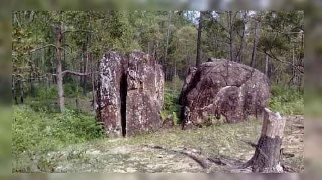 Objek Wisata Batu Belah Batu Bertangkup di Kabupaten Rohil, Riau