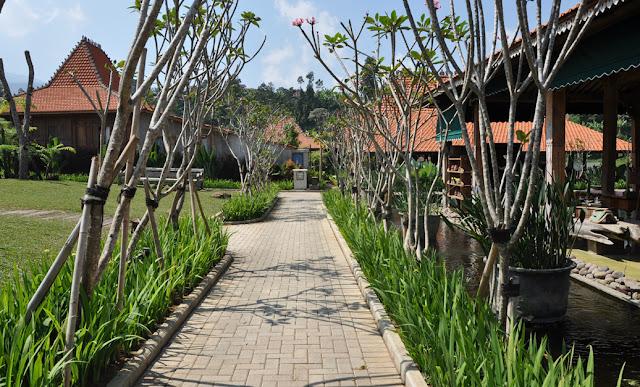 Jadul Village Lembang | Penginapan Resort di Lembang