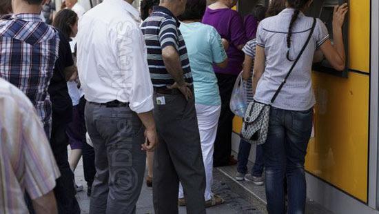 espera prolongada agencia bancaria gerar indenizacao