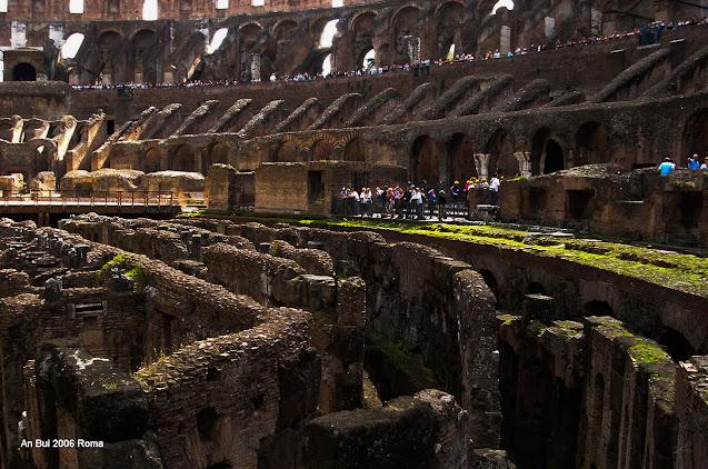 Du Lịch Roma, Ý