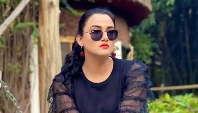 Kiran Tabeer Height, Weight, Age, Body Measurement, Bra Size