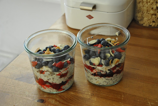 Sehr lecker: Kokos Porridge mit Beeren