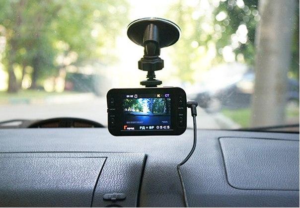 Автомобильный видеорегистратор, что это такое?