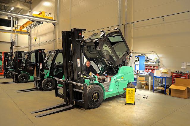 4 Jenis Forklift