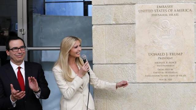 Pelo menos 52 palestinos foram mortos em protestos contra a abertura da Embaixada dos EUA em Jerusalém, disseram as autoridades palestinas.