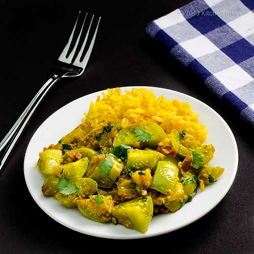 Kitchen Riffs: Curried Green Tomatoes