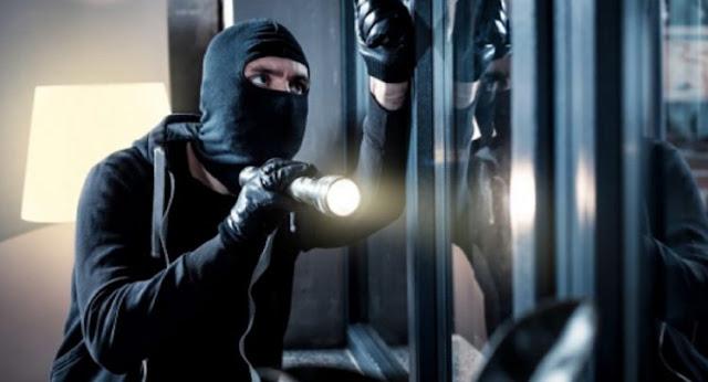 Κλέφτες άδειασαν νύχτα με κακοκαιρία ηλεκτρολογείο αυτοκινήτων στο Άργος