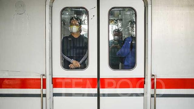 KAI Commuter Sebut Dampak PPKM Darurat Kurangi Penumpang Hingga 27 Persen.lelemuku.com.jpg
