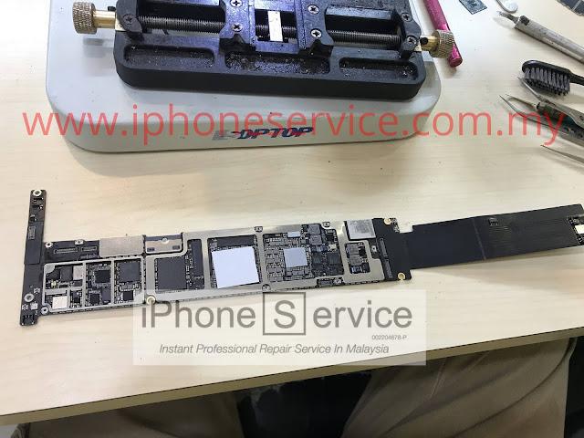 iPad Pro 12.9 4G logicboard