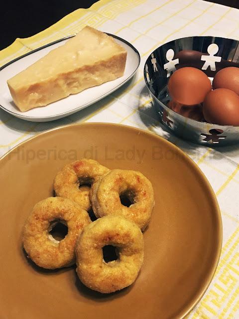 hiperica di lady boheme blog di cucina, ricette facili e veloci. Ricetta ciambelle di pollo