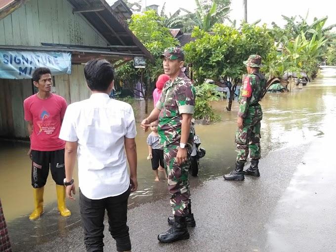Hujan Deras Akibatkan Banjir  di Desa Cukan Lipai