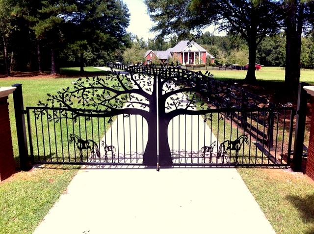 Beaux mod les de portes et portails sculpt s en fer forg for Portail de maison en fer