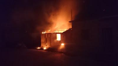 Casa fica totalmente destruída por fogo em Serrolândia