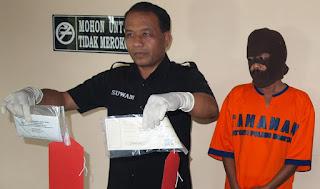Jadi Makelar CPNS, PNS Guru SD Di Tangkap Polisi