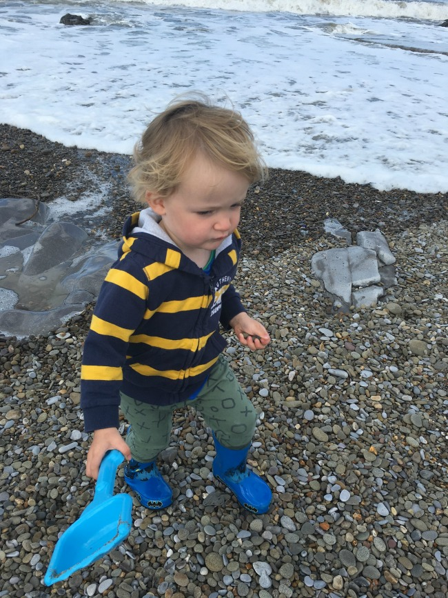 Ogmore-by-sea-a-toddler-explores-toddler-on-beach