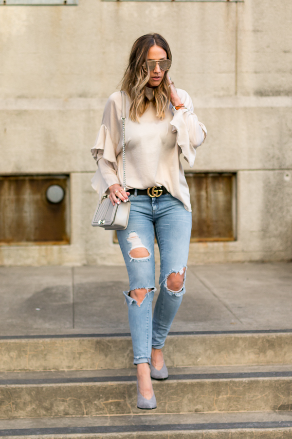 tan ruffle top gucci belt ripped jeans