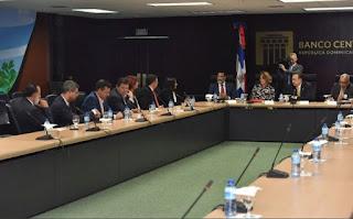 Banco Central se reúne con directivos de Acoprovi para analizar uso recursos encaje legal