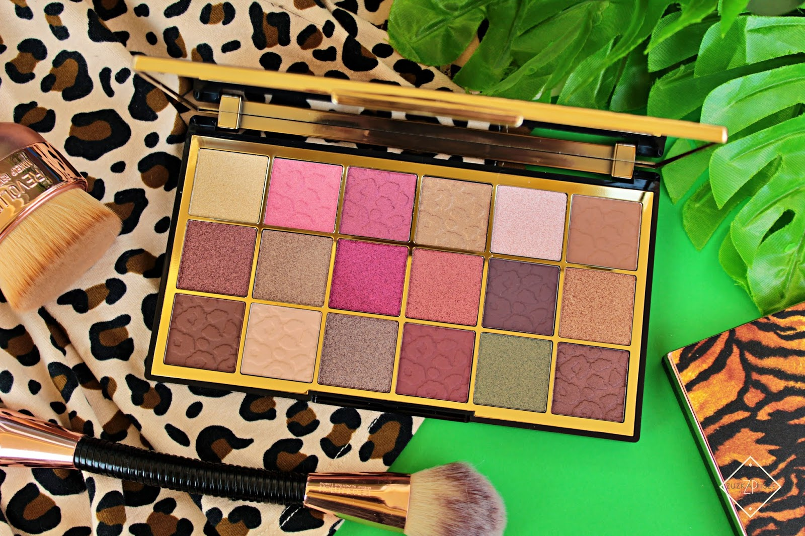 paleta cieni Makeup Revolution Wild Animal Courage