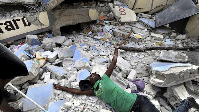 GRAN CANTIDAD DE HERIDOS TRAS DEVASTADOR TERREMOTO EN HAITÍ