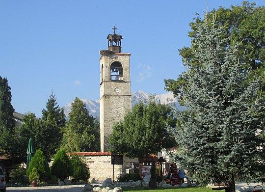 Dzwonnica przy cerkwi św. Trójcy.