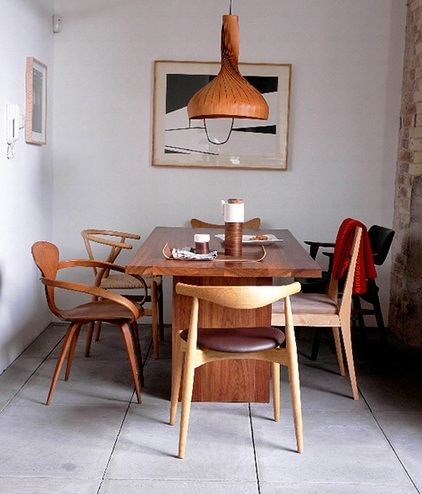 This Image Above Reminds Me Of Sarah Jessica Parker S Dining Room But In A More Modern Way All Chairs Are The Same Wood
