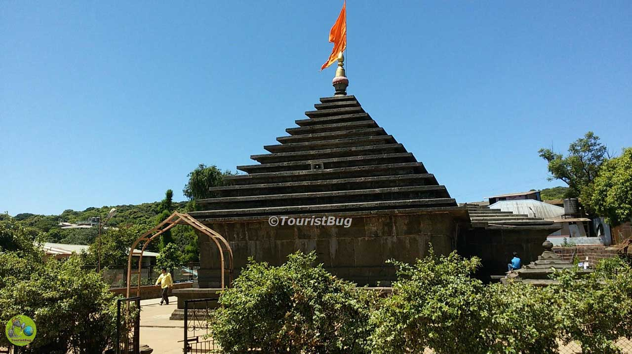 Mahabaleshwar temple mandir old Mahabaleshwar Maharashtra