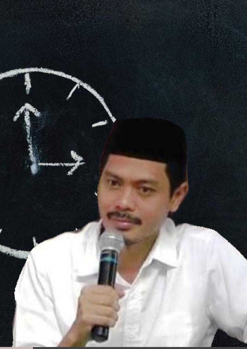 BENANG MERAH PEMBELAAN MUSLIM UYGHUR DAN KRISIS NATUNA, JUAL BELI POLEMIK INDONESIA - CINA