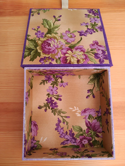 caja, boite, box, cartonnage, bordado, embroidery, broderie, punto cruz, cross stitch, point croix, botanical stitches, the drawn thread