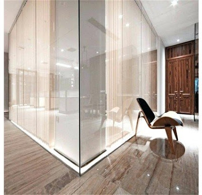 vach ngan kinh studio Thi công lắp đặt kính trang trí tường nhà ở, showroom, shop, công ty tại HCM